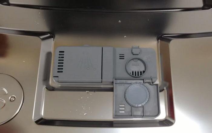 ASKO洗碗機 添加光潔劑位置