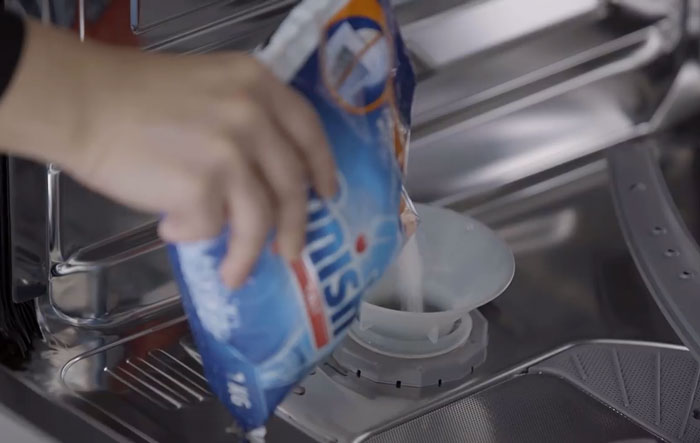 BOSCH洗碗機 添加軟化鹽
